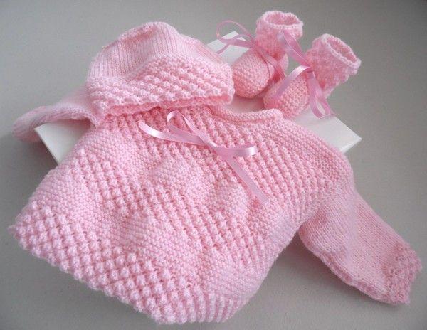 a2b15e901990a Trousseau Rose naissance tricot laine bébé fait main